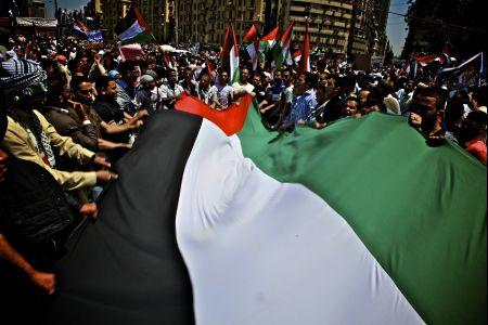 Egyptians hold massive anti-Israeli rally