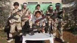 Yeni yayılmış videoda Suriyalı üsyançıların uşaqları orduya cəlb etdikləri göstərilir