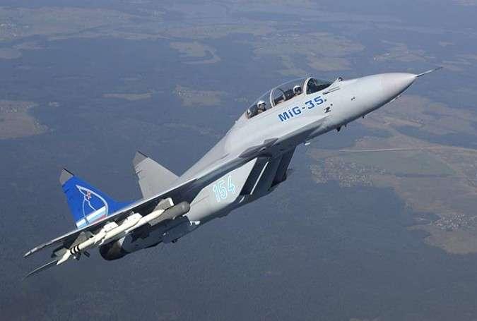 NATO təyyarəsi ilə rus Su-27-si üz-üzə