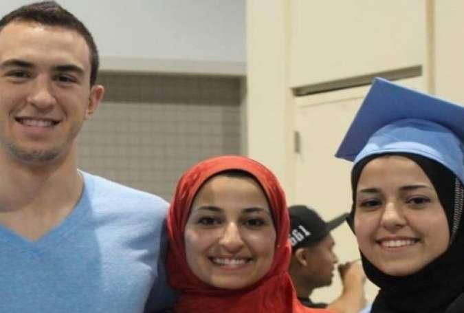 امریکا میں پولیس نے 3 مسلمانوں کے قتل کی تحقیقات کیلئے ایف بی آئی سے مدد طلب کر لی