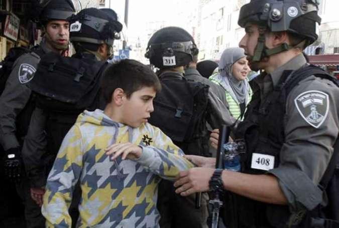 Sionist rejimin zindanları fələstinli uşaqlarla doludur