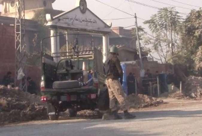 پشاور، زرعی ڈائریکٹوریٹ پر حملہ کرنیوالے تمام دہشتگرد ہلاک، 11 افراد شہید، 5 سکیورٹی اہلکاروں سمیت 9 افراد زخمی