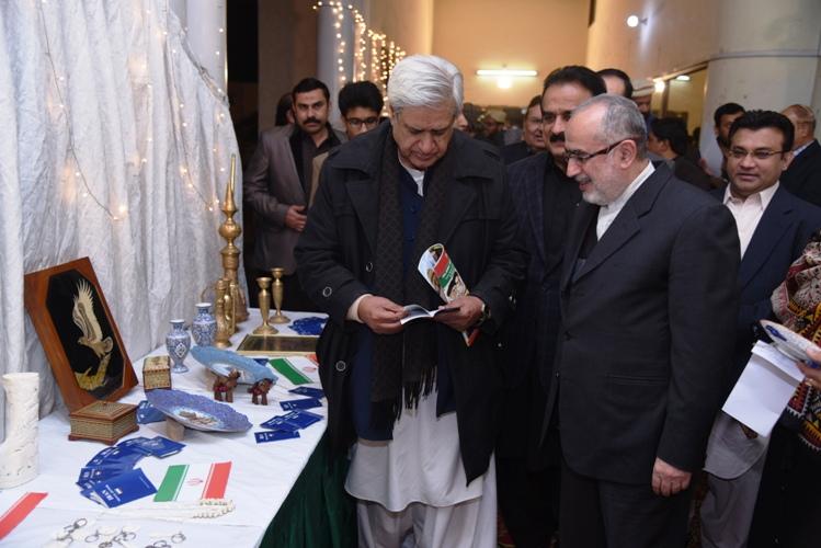 ملتان، انقلاب اسلامی کی سالگرہ کے موقع پر فن پاروں کی نمائش