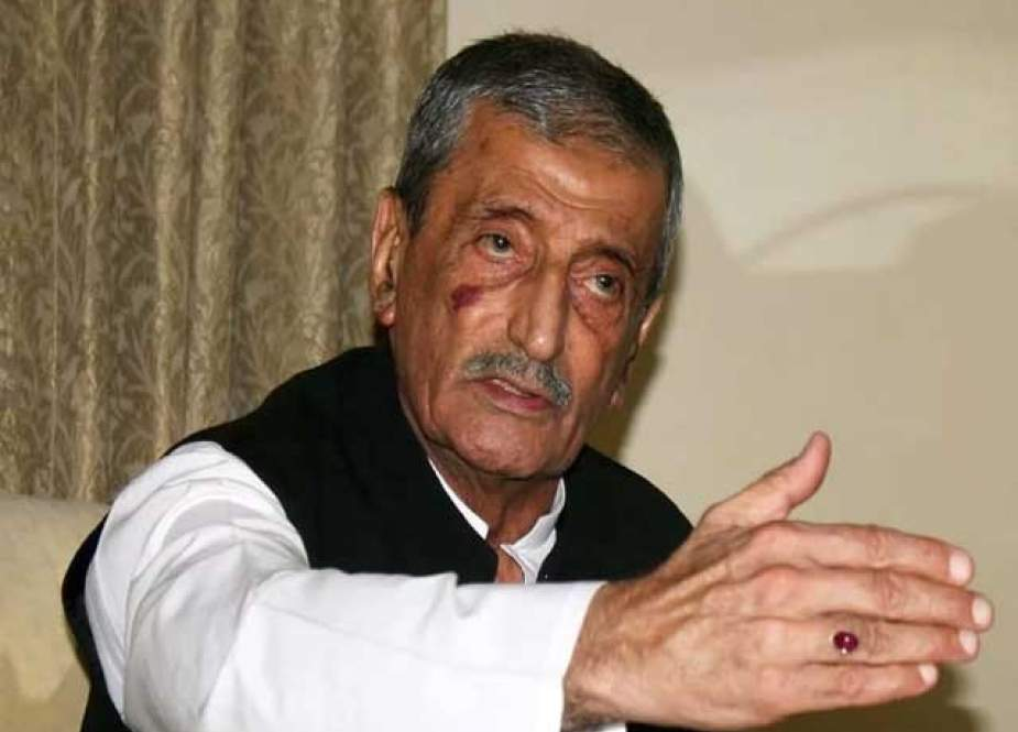 ہارون بلور پر حملے میں طالبان نہیں ہمارے اپنے ملوث ہیں ، غلام احمد بلور