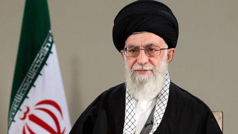 """Ayətullah Xamenei: """"ABŞ-ın siyasəti - müsəlmanları bir-birinin əli ilə öldürməkdir!"""""""