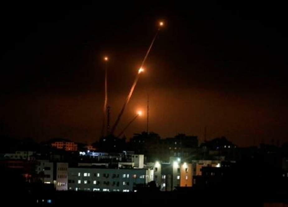 Rockets are fired towards Israel from Gaza city, May 5, 2019. (Photo by AFP)