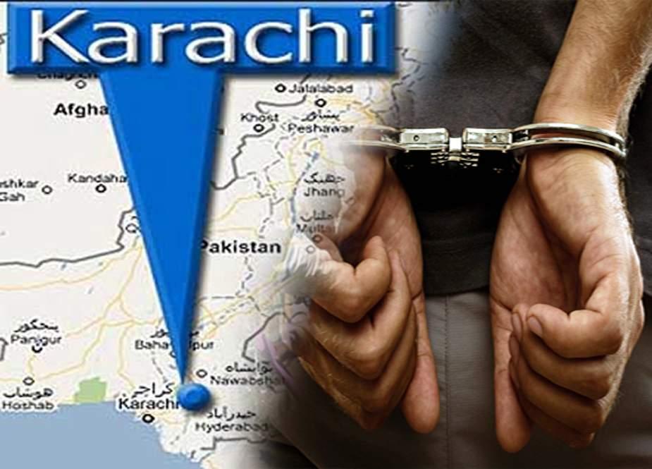 کراچی میں سڑک پر کچرا پھینکنے کے الزام میں شہری گرفتار
