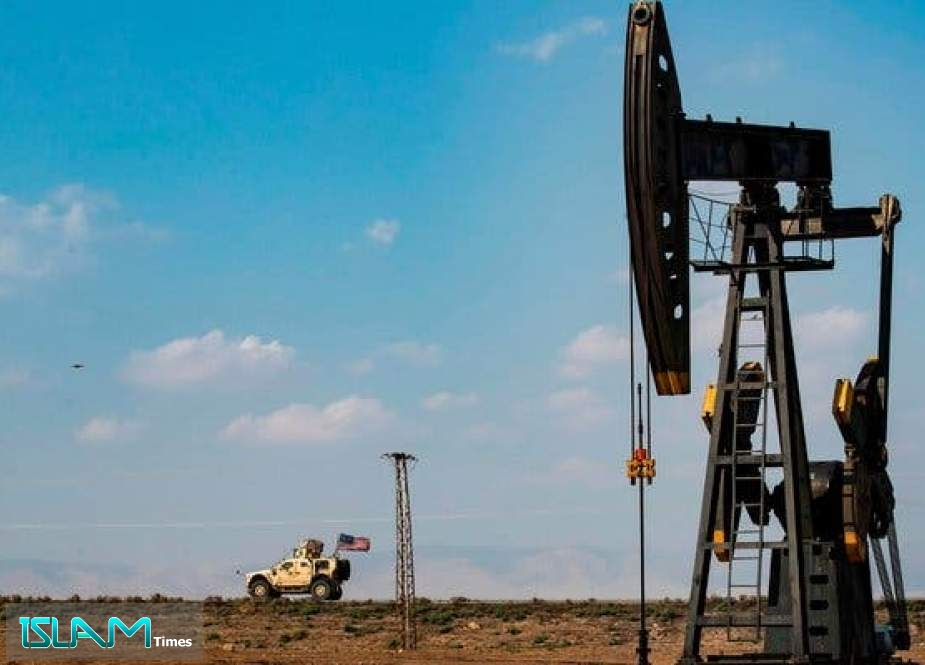 Egyptians and Saudis to Syria under American Supervision to Steal Oil