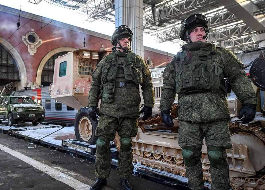 Rus hərbçiləri ermənilərə qan verdi