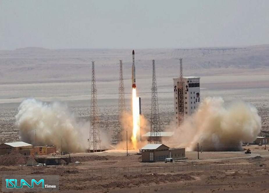 Zionist Regime Feels Insecure with Noor-1 Satellite upon Occupied Territories
