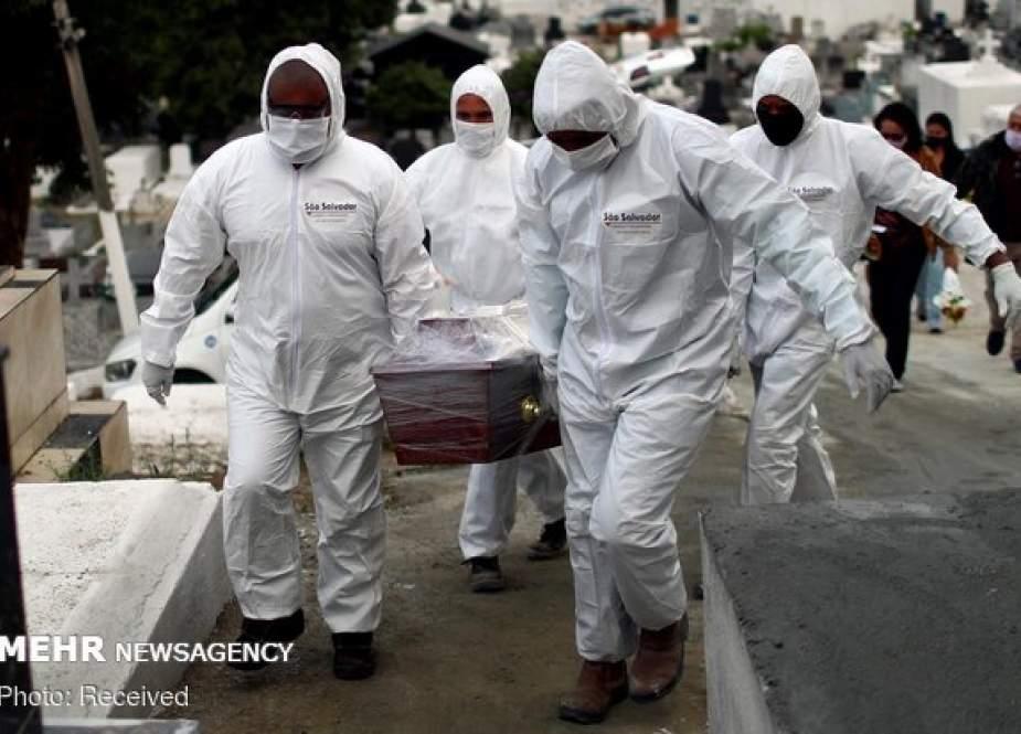 Kematian Global Akibat COVID-19 Melewati Angka 873.000