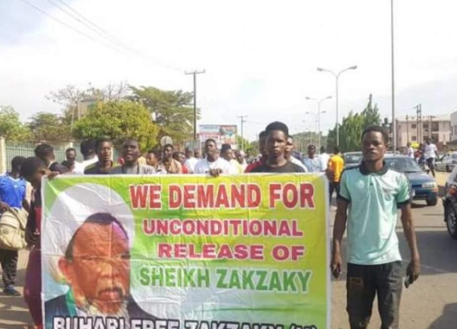 Nigeriyanın paytaxtında Şeyx Zəkzakinin azadlığı tələbi ilə etiraz aksiyası - FOTO