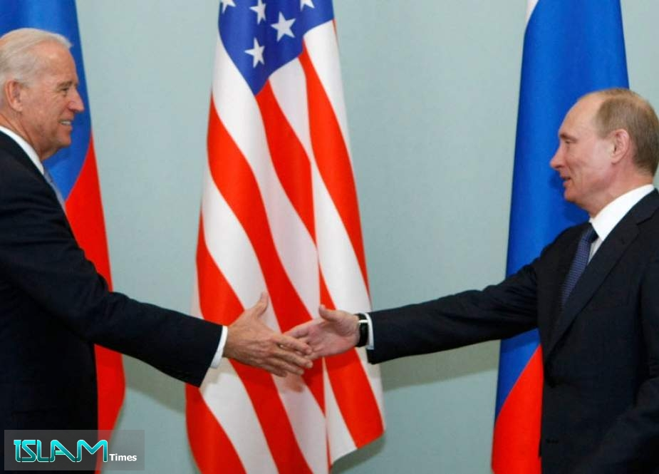 Yellow, yellow, yellow – Russian English Media – Case in point – Julian Assange