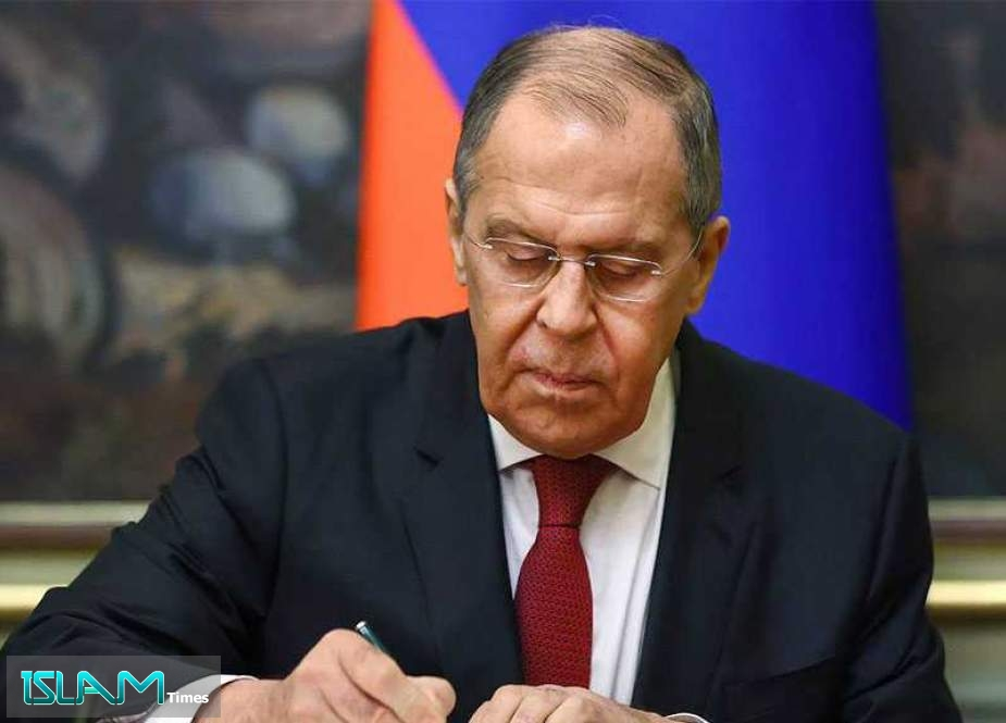 Lavrov: Russia Won't Leave New EU Unfriendly Steps without Response