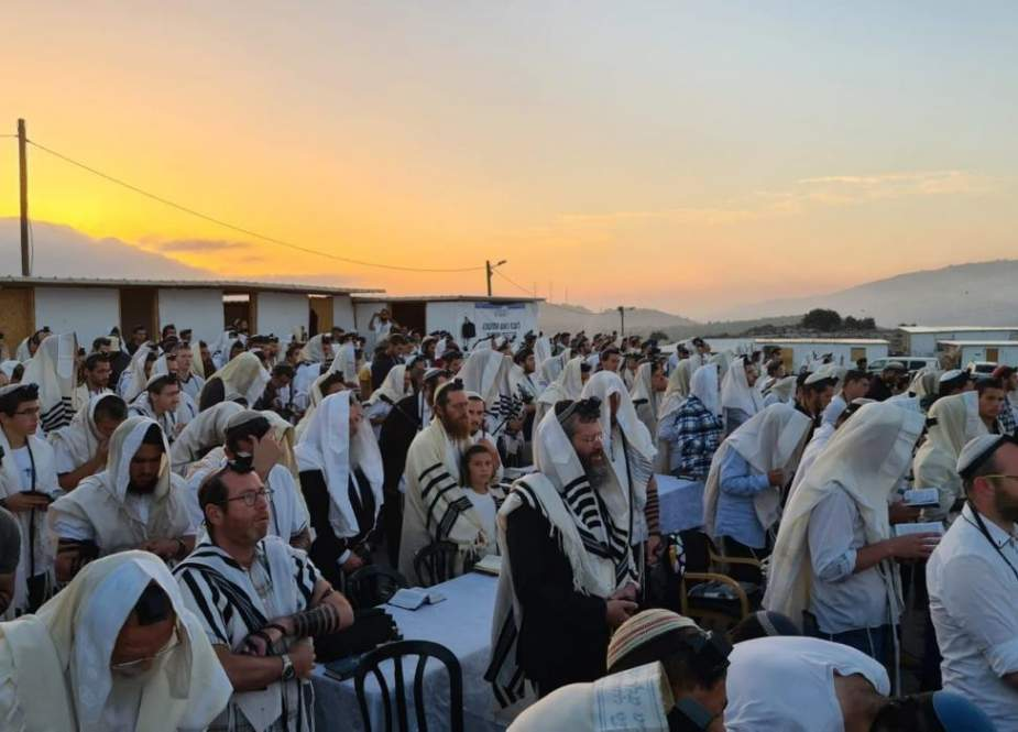 Zionist settlers-.jpg