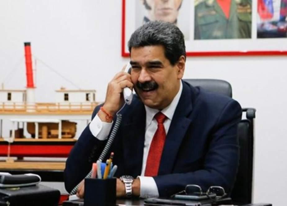 مادورو يؤكد على تعزيز العلاقات مع ايران