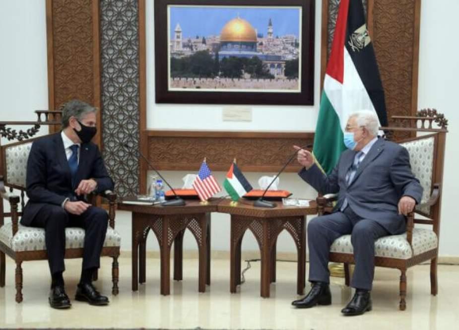 Mahmoud Abbas dan Blinken (Mondoweiss).