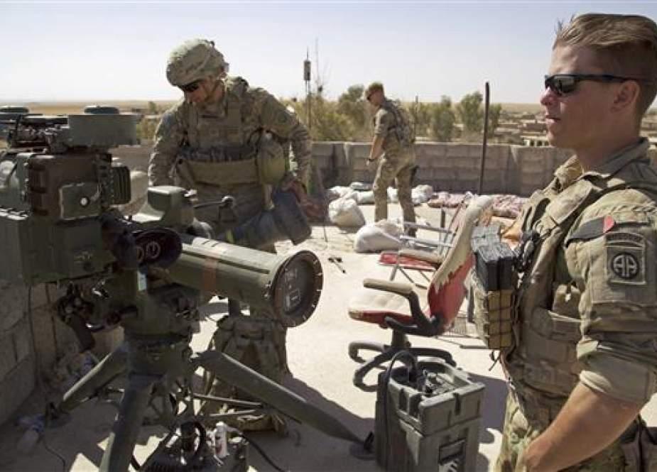 US Army soldiers in the village of Abu Ghaddur, east of Tal Afar, Iraq.jpg