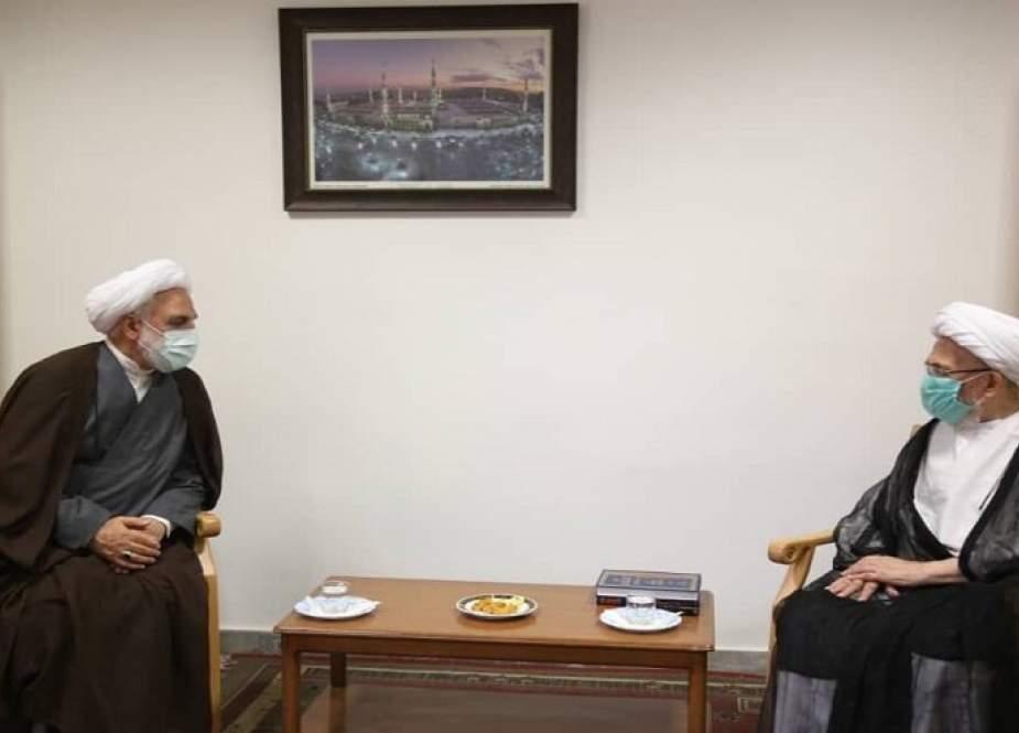 لدى استقباله ايجئي: المرجع سبحاني يدعو الى تعزيز الأمن القضائي والاقتصادي