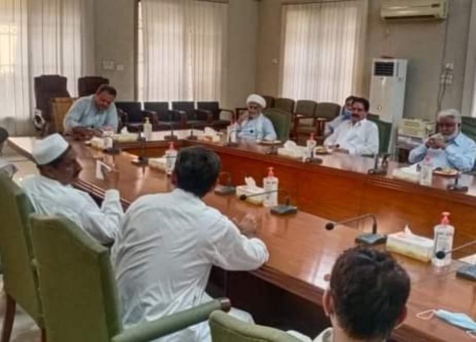 کمشنر ڈی آئی خان سے شیعہ عمائدین کی محرم الحرام کے حوالے سے نشست