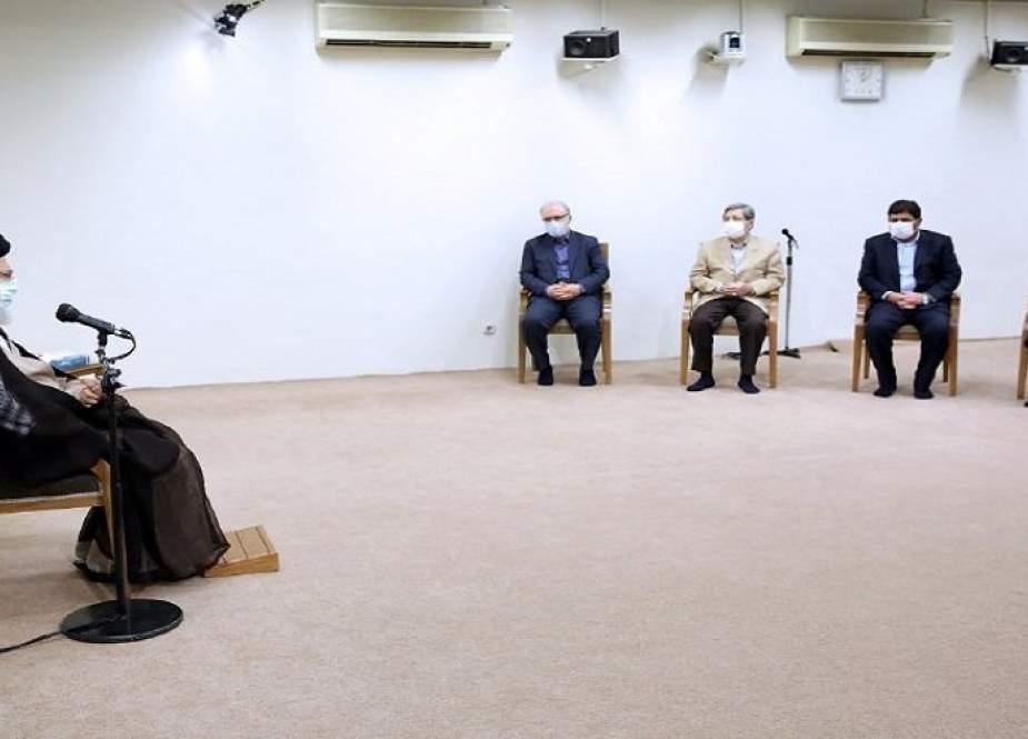 قائد الثورة: لا ينبغي أن يعاني أهالي خوزستان من المشاكل