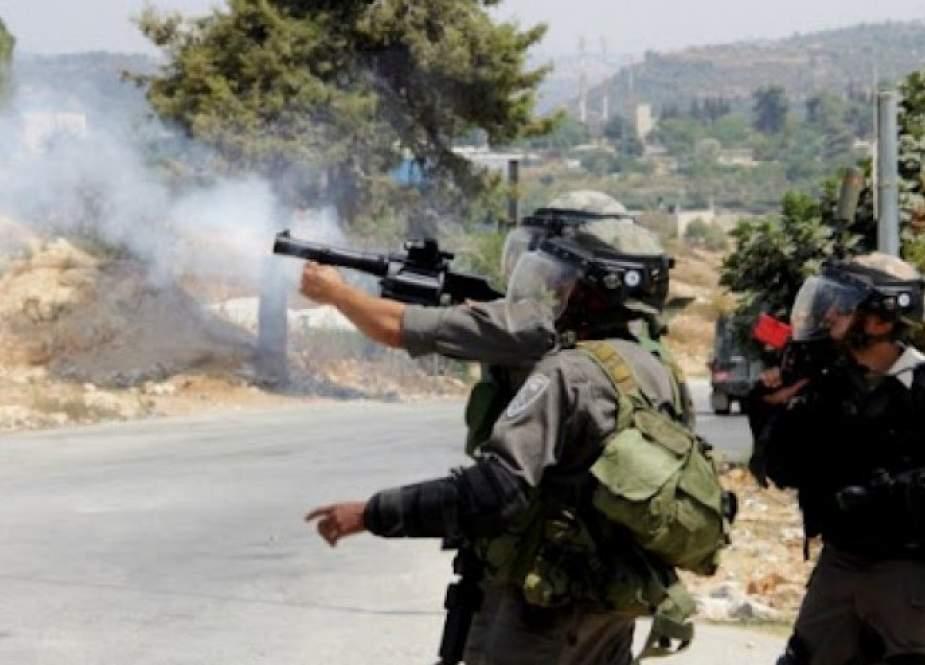اصابة فلسطيني واعتقال 3 أخرين خلال اقتحام الاحتلال بلدة بيتا