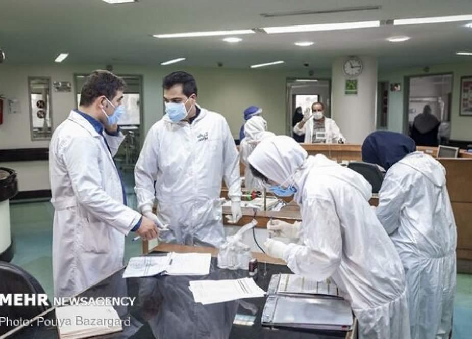 Update COVID-19 Iran: 21.814 Kasus Baru, 210 Kematian