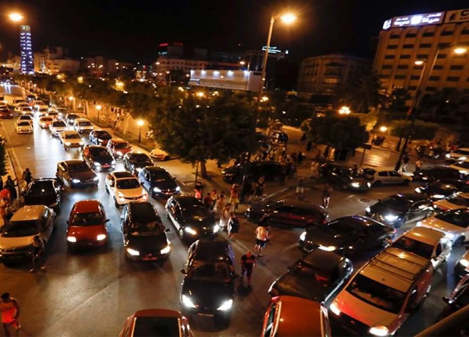 الجيش ينتشر في شوارع تونس بعد قرارات الرئيس سعيد