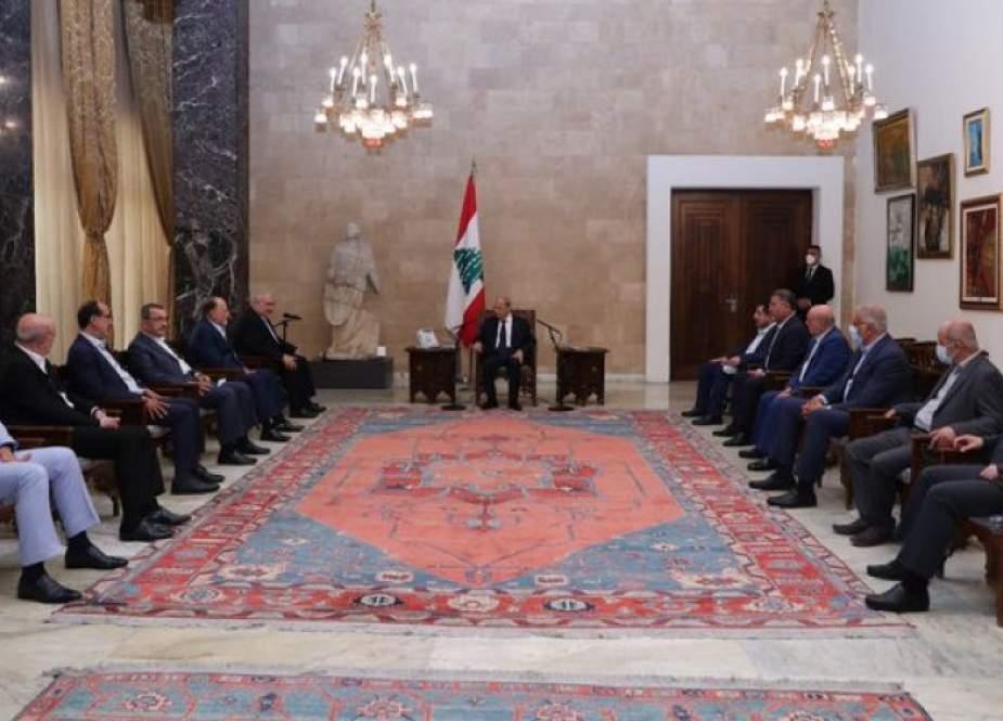 حزب الله يسمي ميقاتي لتشكيل الحكومة اللبنانية المقبلة