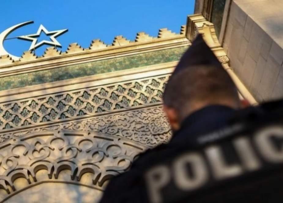 """حلقة جديدة من مسلسل التضييق على مسلمي فرنسا بإقرار قانون مكافحة """" الانفصالية"""""""