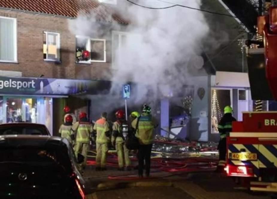 انفجار عبوة ناسفة يستهدف متجرا للمسلمين جنوبي هولندا