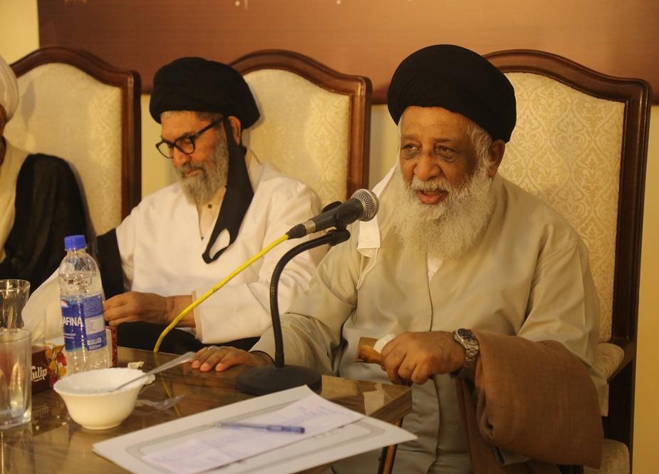 علامہ ریاض حسین نجفی خطاب کر رہے ہیں