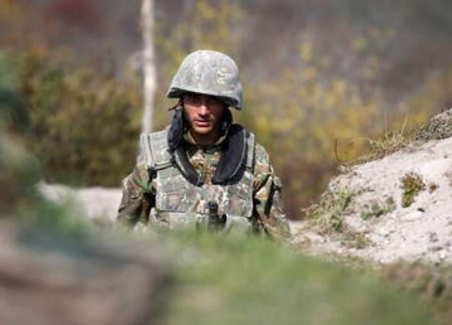 يريفان تتهم باكو بقصف مواقع على الحدود