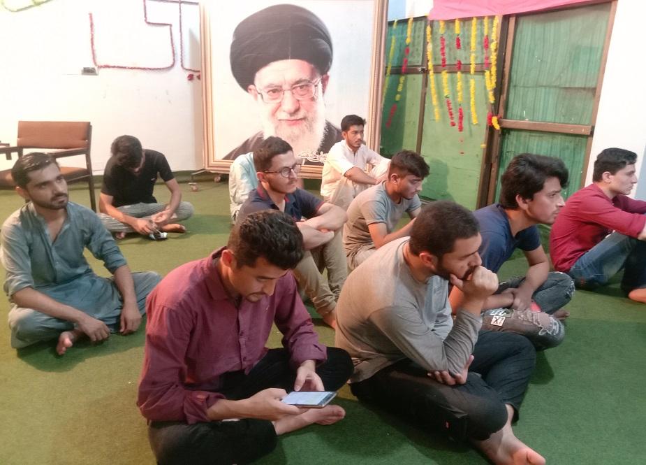 جشن غدیر میں یونٹ المصطفیٰ ہاوس کے اراکین شریک ہیں