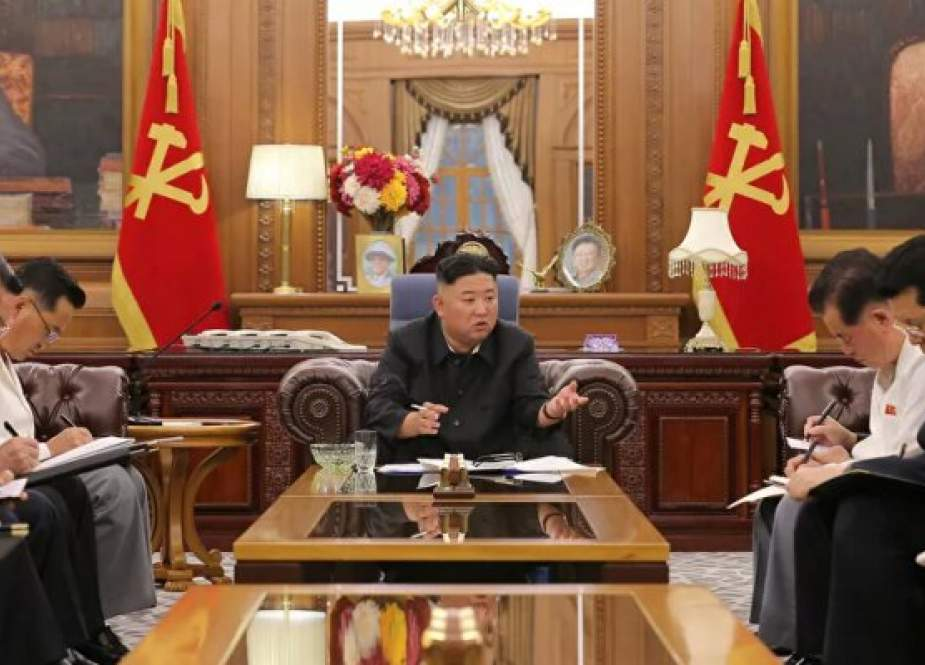 Pemimpin Korea Utara Memperingatkan AS Menjelang Latihan Militer Bersama Korea Selatan