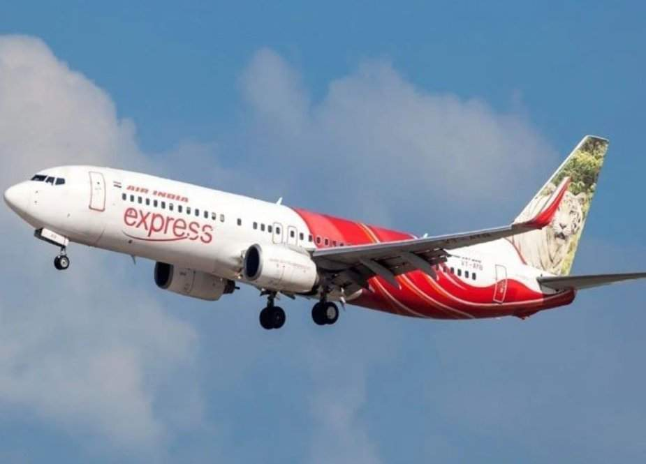 سعودی عرب جانے والا بھارتی طیارہ خوفناک حادثے سے بال بال بچ گیا