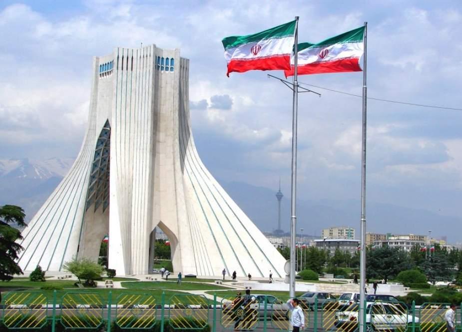 التجارة الإيرانية تسمح بتصدير الإبل إلى الخارج