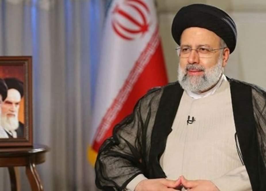مجلس صيانة الدستور يوقع وثيقة اعتماد الرئيس الايراني المنتخب
