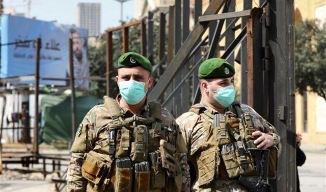 Lebanese Army soldiers deployed in Khaldeh.jpg