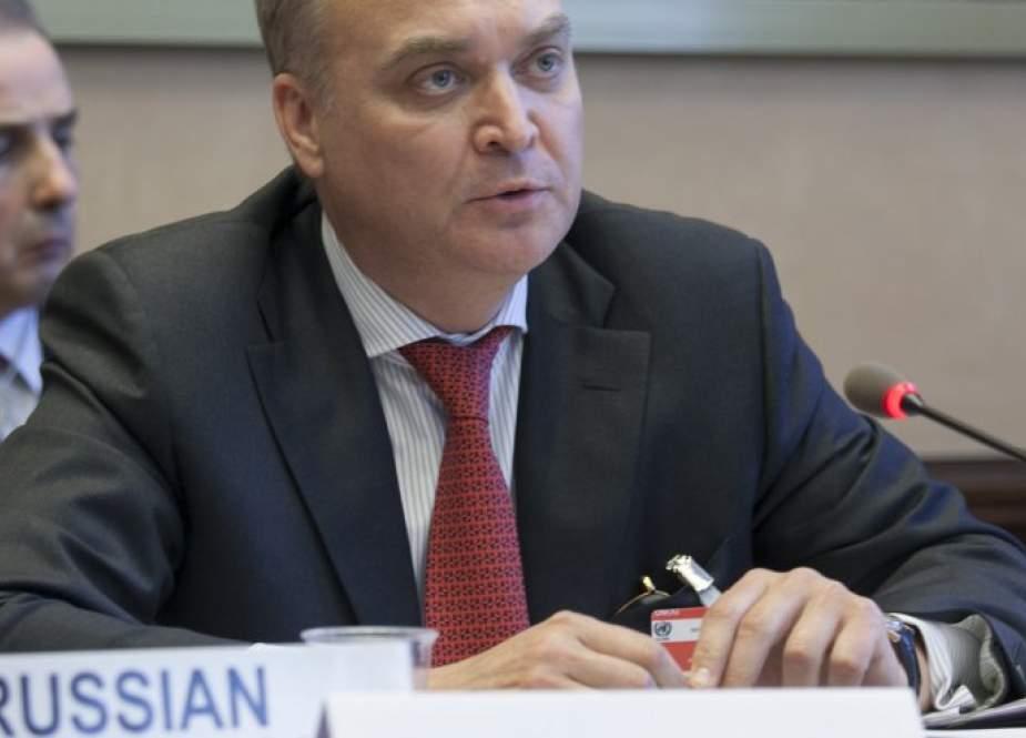 أنطونوف: واشنطن تضلل الصحفيين حول عمل الدبلوماسيين