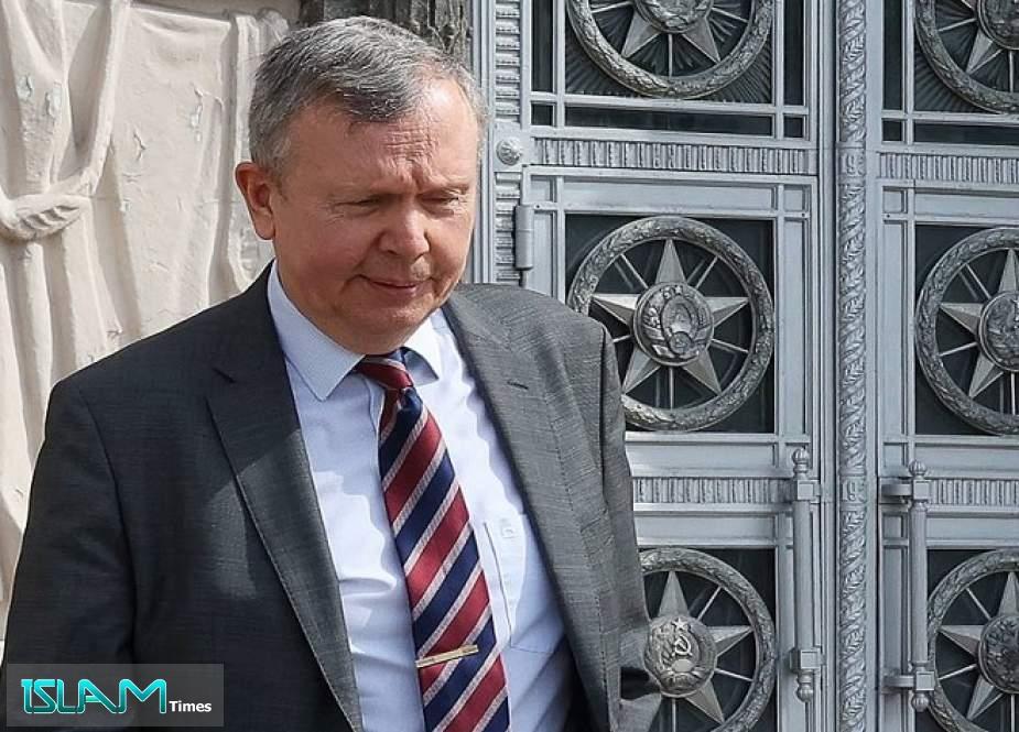 Russia Expels Estonian Diplomat amid Spying Dispute