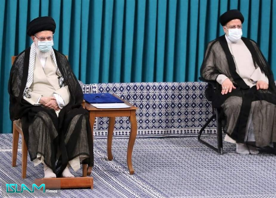 Ayatollah Khamenei: New President Must Be with People Truly