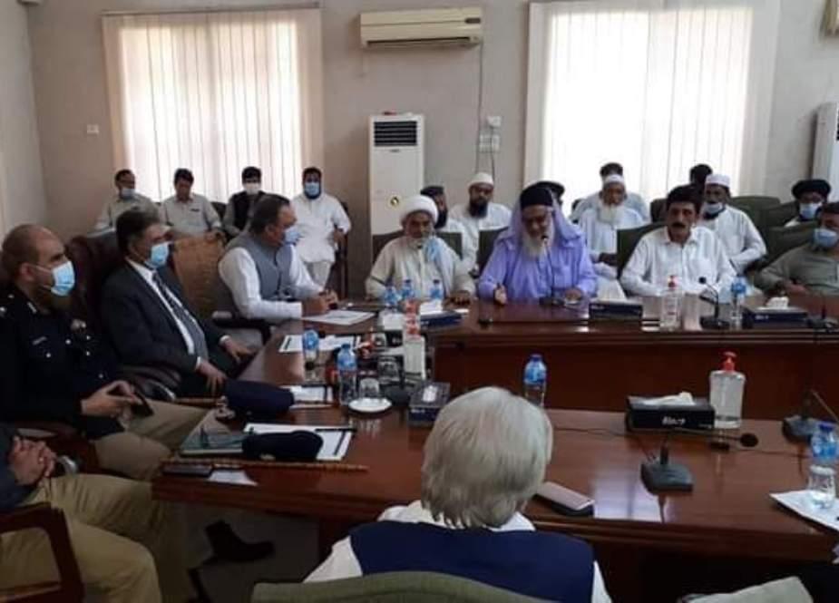 چیف سیکرٹری کا دورہ ڈیرہ اسماعیل خان، شیعہ، سنی عمائدین کیساتھ اجلاس
