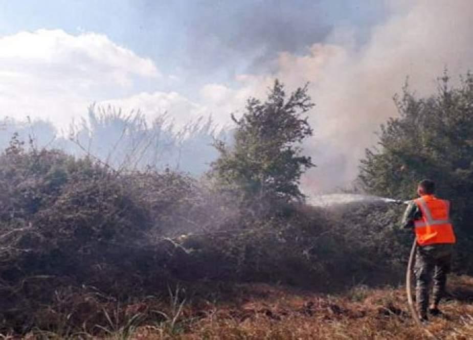 سوريا.. إخماد حريق في حمص امتد من الأراضي اللبنانية