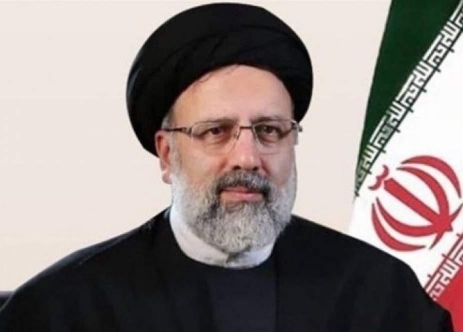 الرئيس الإيراني: نتطلع للمزيد من تطوير العلاقات مع طاجيكستان