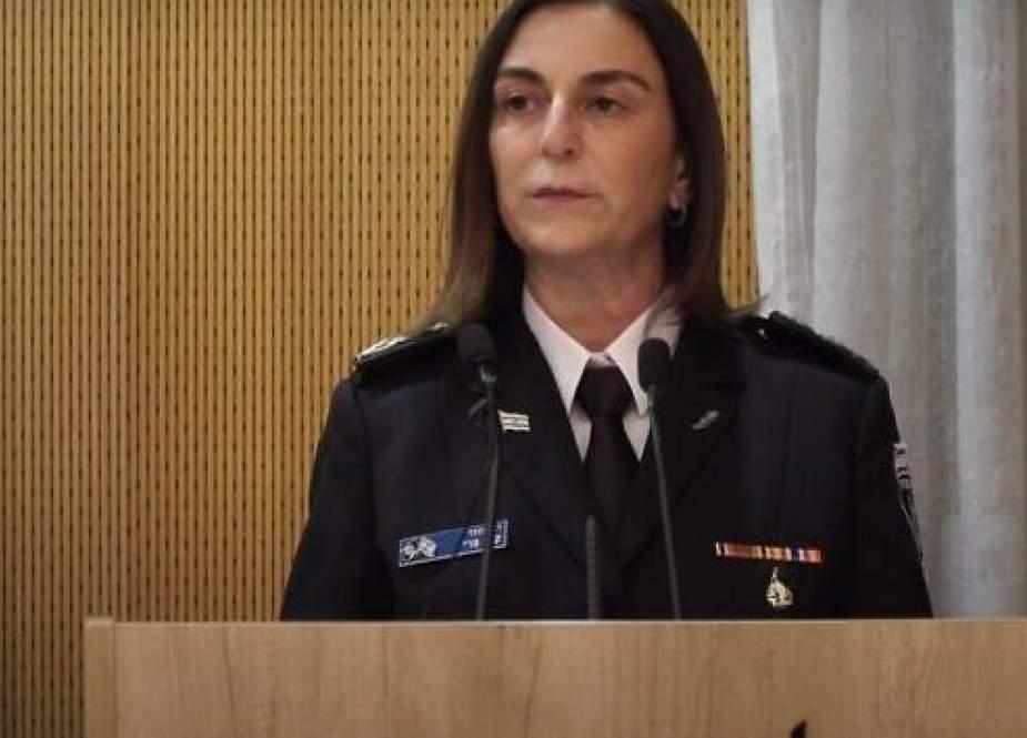Katy Perry, Israeli Prison Service head.jpg
