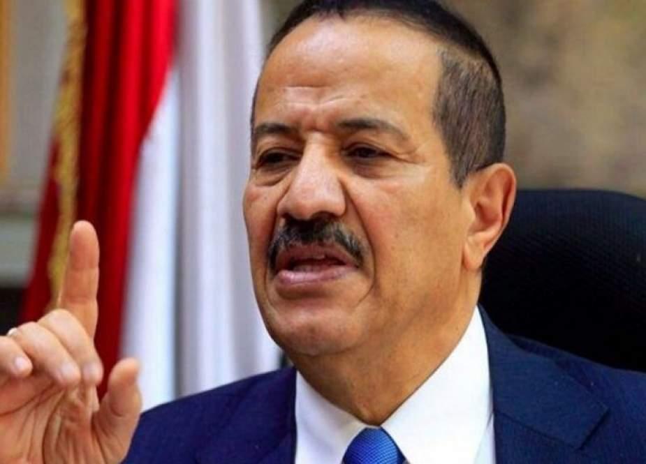 صنعاء تحذر من تداعيات تقديم أي تسهيلات مالية لحكومة الفنادق