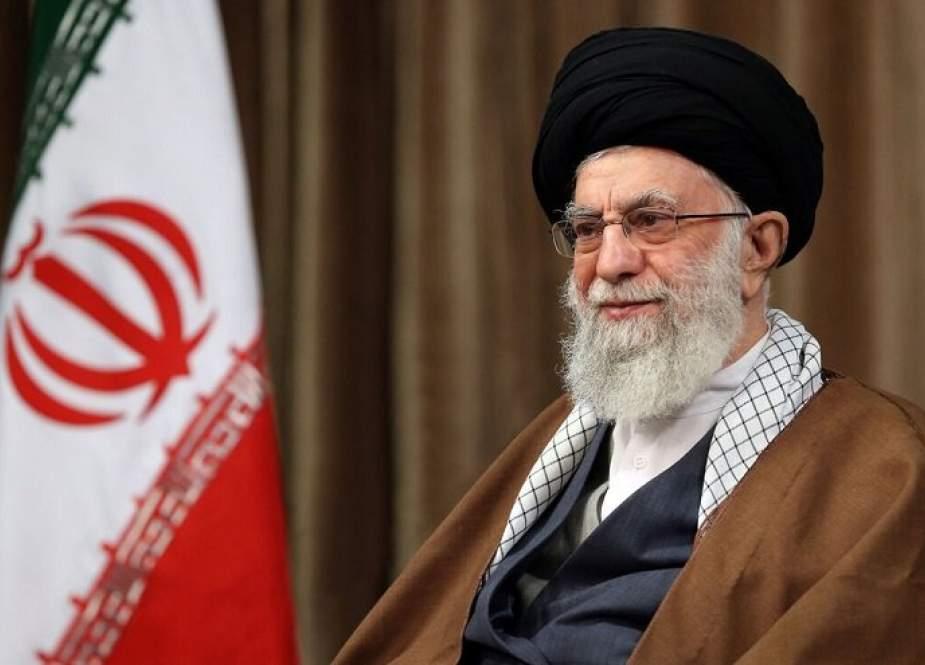 قائد الثورة الاسلامية يهنئ بالعودة المظفرة للمجموعة البحرية الايرانية 75