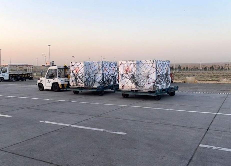 شحنة جديدة من لقاحات كورونا تصل الى ايران
