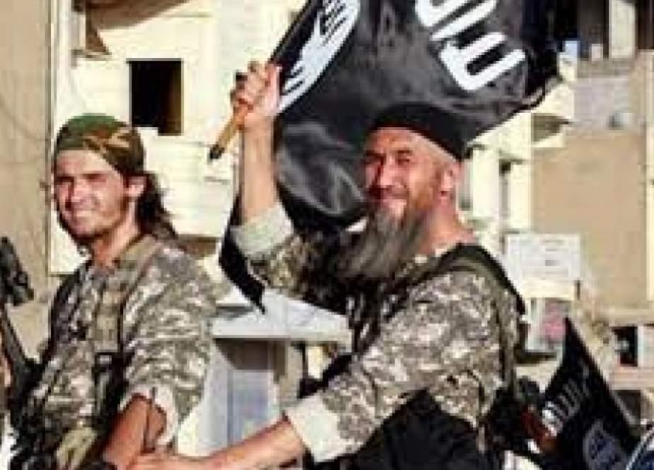 """بحجة أنها """"غنائم"""".. التركستاني يصادر المنازل في إدلب!"""